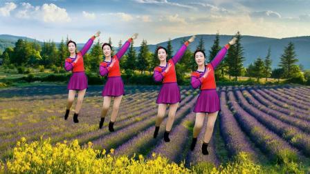 民族风广场舞《一朵云在蓝天飘过》舞蹈新颖优美,歌好听