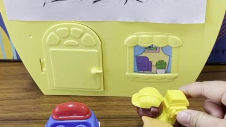小朋友不能在别人的车上乱涂鸦哦