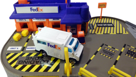 组装汽车镇的快递服务中心玩具