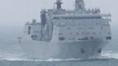 来!感受下海军某作战支援舰编队的火炮原声!