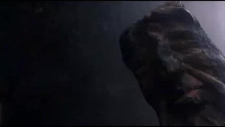 钱嘉乐要炸元华他爸的悬棺,元华搭直升机来杀他,就看谁动作快了