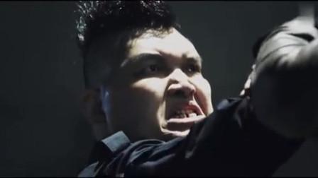 超级保镖:武林来到保镖集团,大战四位绝世高手,想要救出菲菲!