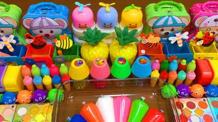 好玩解压史莱姆教程,裱花袋彩泥+彩虹珍珠米粒泥+手提包饰品+菠萝水晶泥,效果不错呢