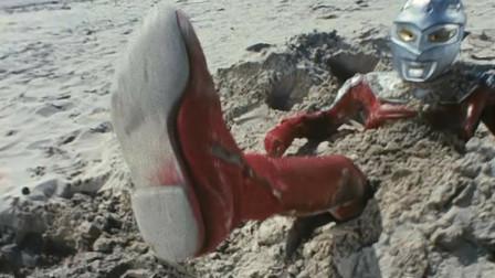 4个被怪兽活埋的奥特曼!迪迦仅剩半个脑袋,艾斯发微信摇人?