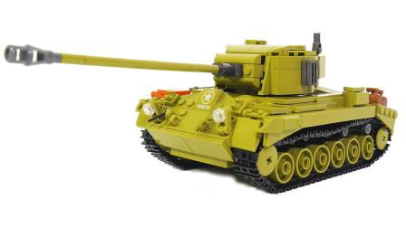 拼搭迷彩小玩偶和积木坦克玩具