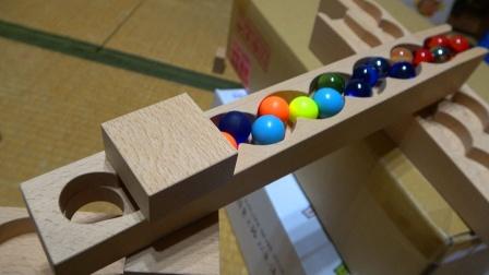 手工组建木质球场