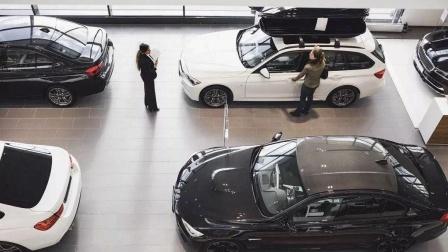 买新车为什么一定要买低配?维修师傅说行业机密,没买车的就笑了