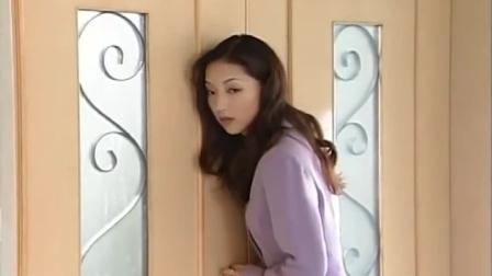 影视:董事长和歌女聊的正起劲,没想到秘书却在门外偷听!
