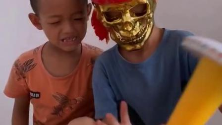 忧伤的童年:弟弟这是什么玩具啊