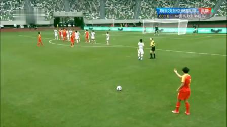 中国女足起死回生的一个进球,王霜任意球助攻,杨曼头球破门