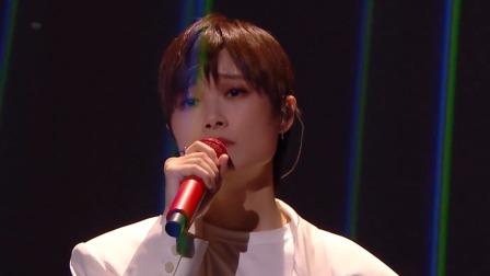 李宇春深情演唱新歌《软肋》