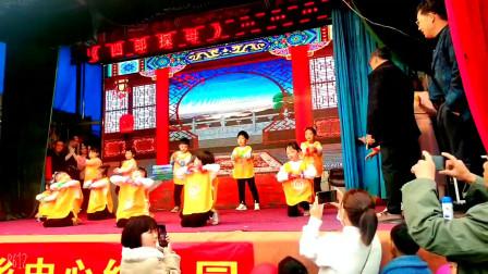 幼儿园舞蹈展演【光头强】孩子们 活泼可爱欢快极了