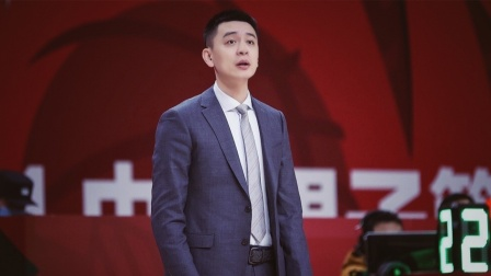 CBA第一帅哥杨鸣被曝出轨 助理发辟谣声明后又秒删