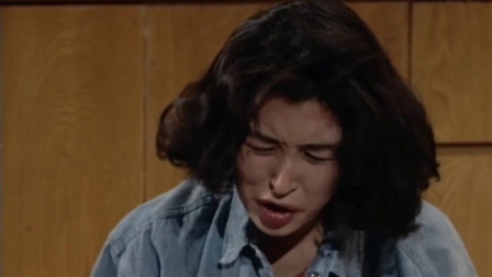大时代:疯婆子要自杀渣男赶紧来救她,差一点她就没命了