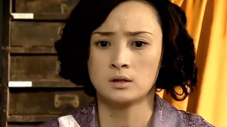 半生缘:曼桢想要现在出去,曼璐却坚决不同意:鸿才会杀了我的