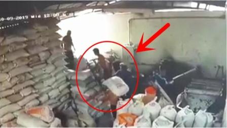 """仓库地面突然塌陷,5名装卸工被""""活埋"""",这一幕真可怕"""