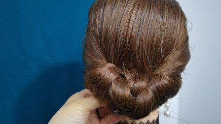 这么经典的贵气包发还不会扎?教你一招小技巧,发型大方还贵气!