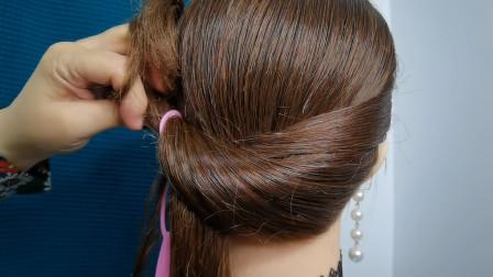 贵气妈妈不会盘发的看过来,这样扎好的发型特端庄,简单还增气质