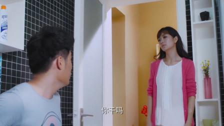 爆笑上厕所系列:猪小明上厕所总有人来敲门,打开门后看傻眼了!