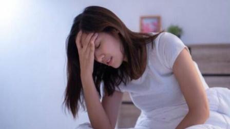 女性睡觉出现4个变化,更年期或已悄悄靠近,请认仔细观察