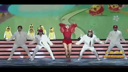 歌舞《小鸡小鸡》表演:闪钥艺术团