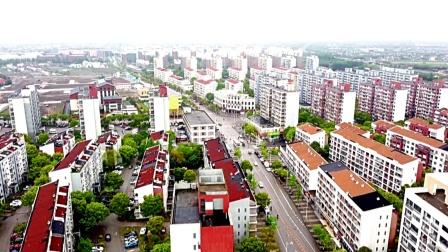 航拍:泥城镇云汉路两侧、小泐港两旁、景色宜人。