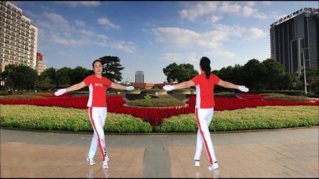 河口轻舞飞扬健身操第22套第五节扩胸运动正背面演示