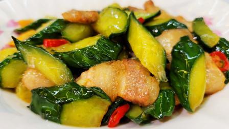 黄瓜这样炒简直太下饭了,爽脆营养,有滋有味,做法还特别简单