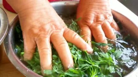 """一夏天农村地里长好多""""扫帚苗"""",野菜一洗一切,营养美味还简单"""
