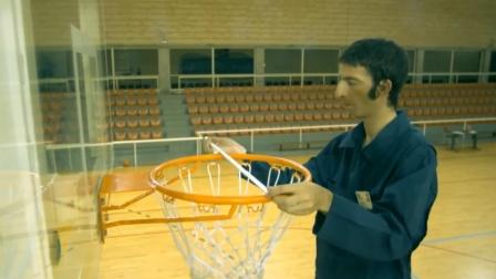 学霸量篮球框直径,再测出篮球的气压,计算后投篮命中率100%