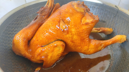 广东三杯鸡正宗的做法,鲜香滑嫩,每次做一只都不够吃,太香了