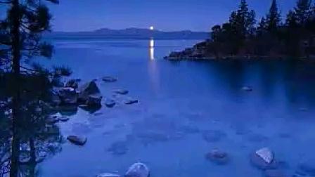 现代诗 《月光》海子