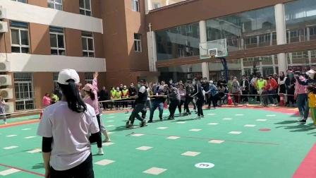 凤城幼儿园拔河比赛