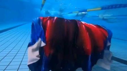 :潜水女孩之,美人鱼