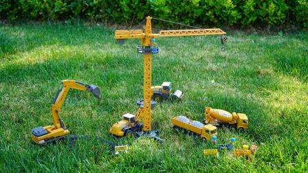 儿童玩具车:挖掘机、卡车、推土机,合金工程车汽车模型试玩
