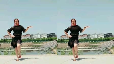 南阳红泥湾小娟广场舞《一生爱你千百回》恰恰风格