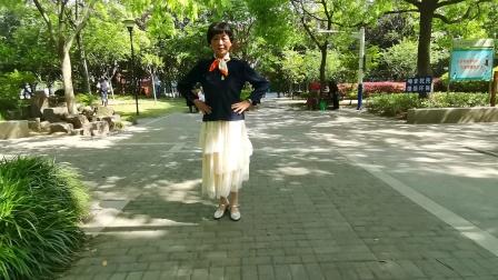 (41)广场舞《次真拉姆》篮球公园练习跳新教的舞!徐淡吟老师🌹🌴💄💐