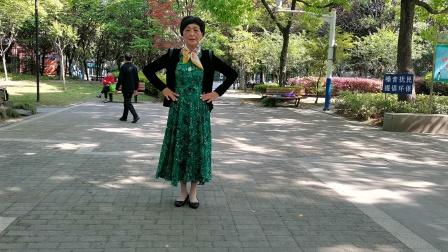 (42)广场舞《真爱不散》共江路篮球公园,把4月中旬学的舞巩固一下。徐淡吟老师🌹🌴💄💐