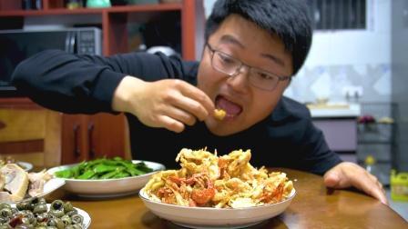 老家后院出产河鲜,捞一斤做大餐,家常做法可比天妇罗大餐还过瘾