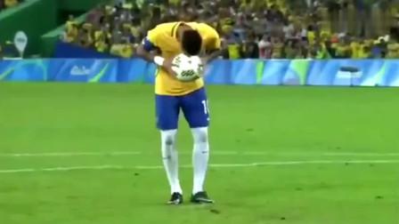 梅西估计懵了,内马尔这球他怎么都学不来,更别提c罗!