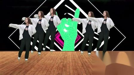 DJ版美女热舞《卓玛泉》,劲爆嗨曲动感舞步,火辣舞蹈看不腻