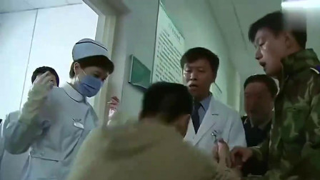 远远的爱:军区医院做不了手术,小伙路过:我可以呀!