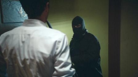 《爆笑女警》高端的杀手,往往采用最朴素的杀人方式!