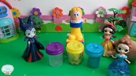 Tiramisu玩具:贝儿公主才发现,还是上学比较轻松