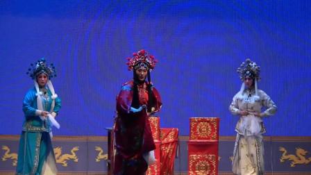 秦腔演出《黄河阵》,剧团三朵金花满腔满调的演唱,戏迷大饱眼福