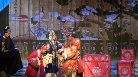 剧团演出《金麒麟》,演员柔中带刚的舞台演唱,与专业演员有一拼