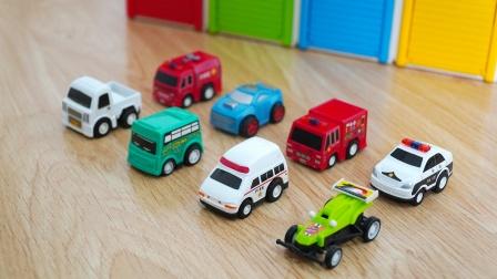 玩具车和汽车仓库,消防车、警车、救护车、小汽车,儿童益智玩具