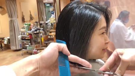 """37岁女性及腰长发剪成""""挂耳短发"""",干练显年轻,不用烫染也很美"""