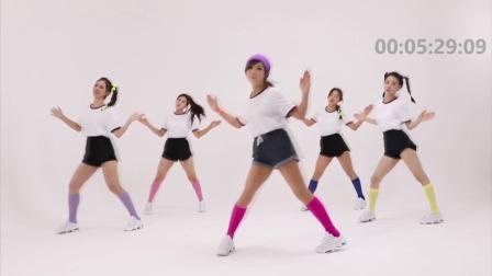 快乐锻炼,美女健身教学