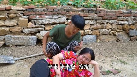 前妻想复婚老公不同意,看前妻如何撒泼打滚,全程笑得肚子疼